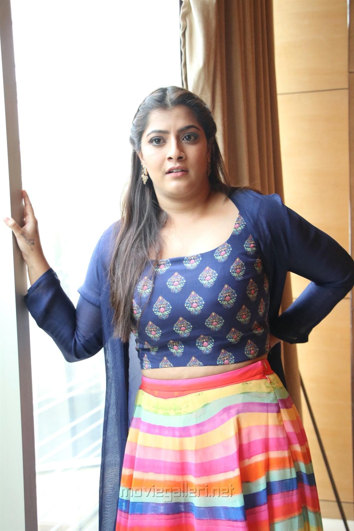 Actress Varalaxmi Pics @ Maari 2 Press Meet
