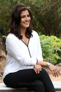 Actress Varalaxmi Latest Photos @ Vikram Vedha Press Meet