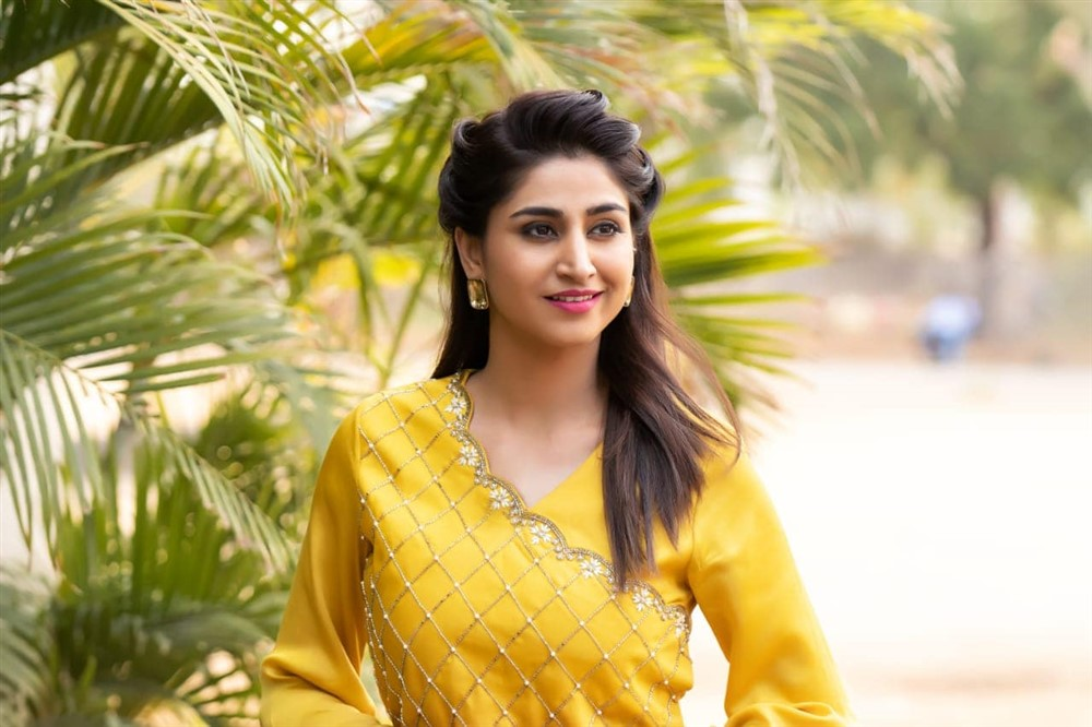 Actress Varshini Sounderajan New Photoshoot Pictures