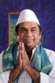 Brahmanandam's Politician getup in Vasool Raja Telugu Movie Stills