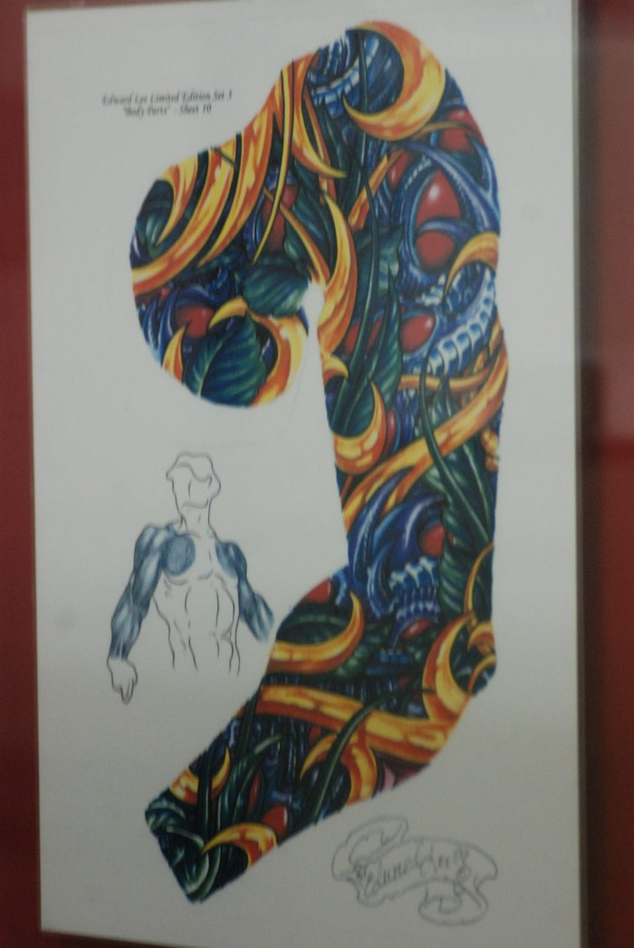 Mobile tattoo shop pictures to pin on pinterest tattooskid for Local tattoo shops near me