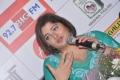 Singer Vasundhara Das at Big FM Tamil Melody Awards 2012
