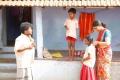 Appukutty, Vasundhara in Vazhga Vivasayi Movie Stills