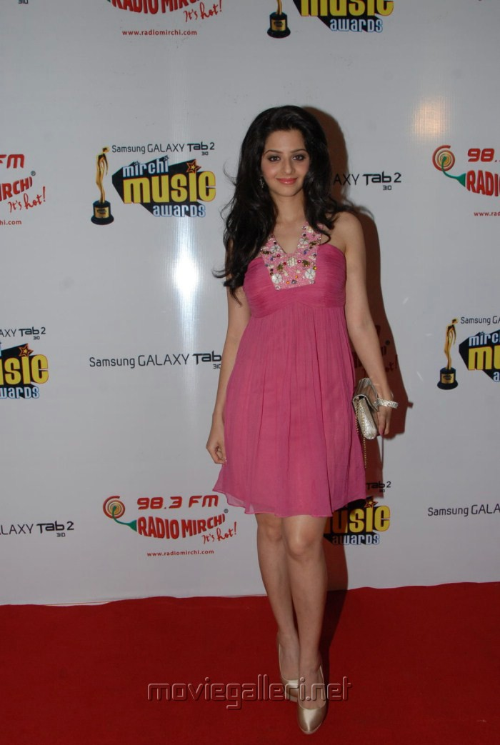 Vedika New Hot Pics at Mirchi Music Awards 2012