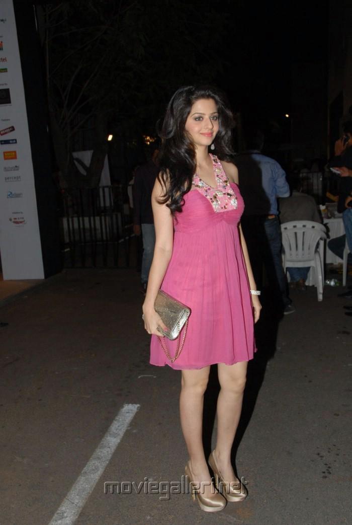 Actress Vedika New Hot Photoshoot Pics