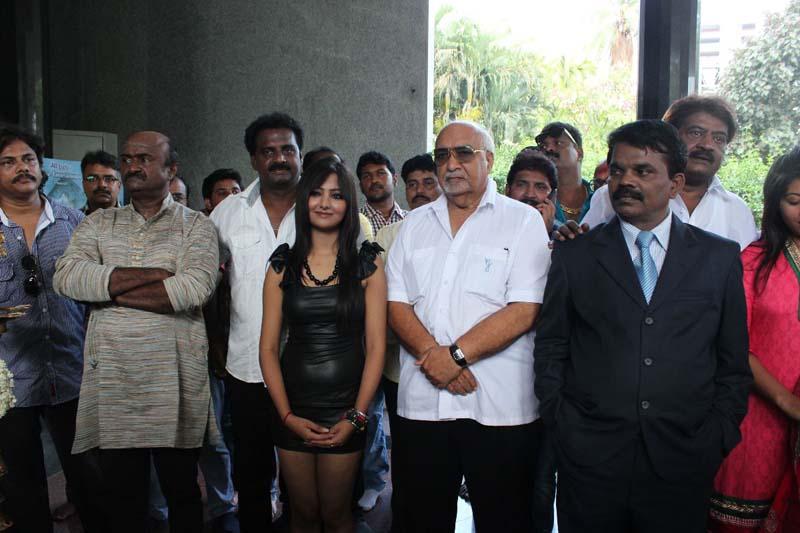 Veedu Virpanaikku Movie Launch Photos