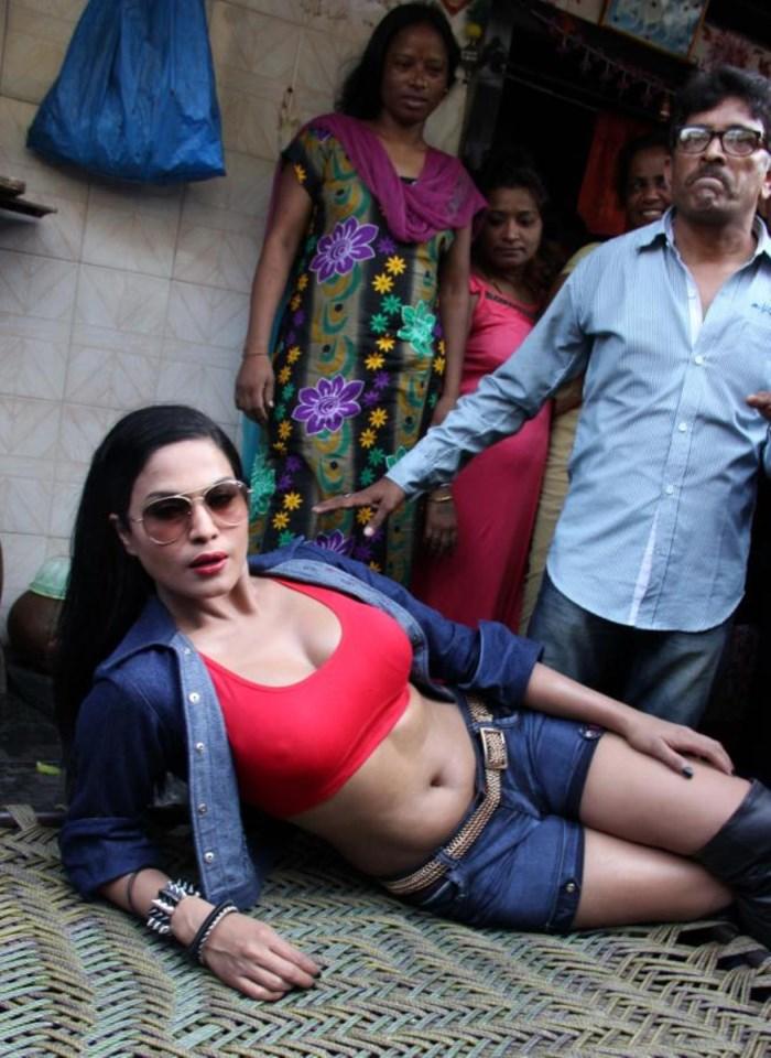 Picture 478104 Actress Veena Malik In Kamathipura Red