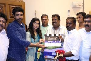 Vikram Prabhu, Shamili @ Veera Shivaji Movie Pooja Stills