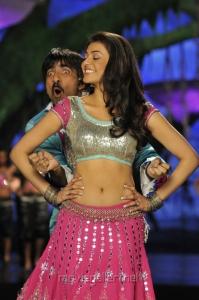 Ravi Teja Kajal Agarwal in Veeraiah Hot Stills