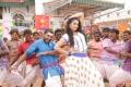 Nani, Ragini Dwivedi in Velan Ettuthikkum Movie Stills HD