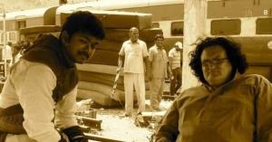 Velayutham New Shooting Spot Stills, Vijay in Velayutham Shooting Spot Photos