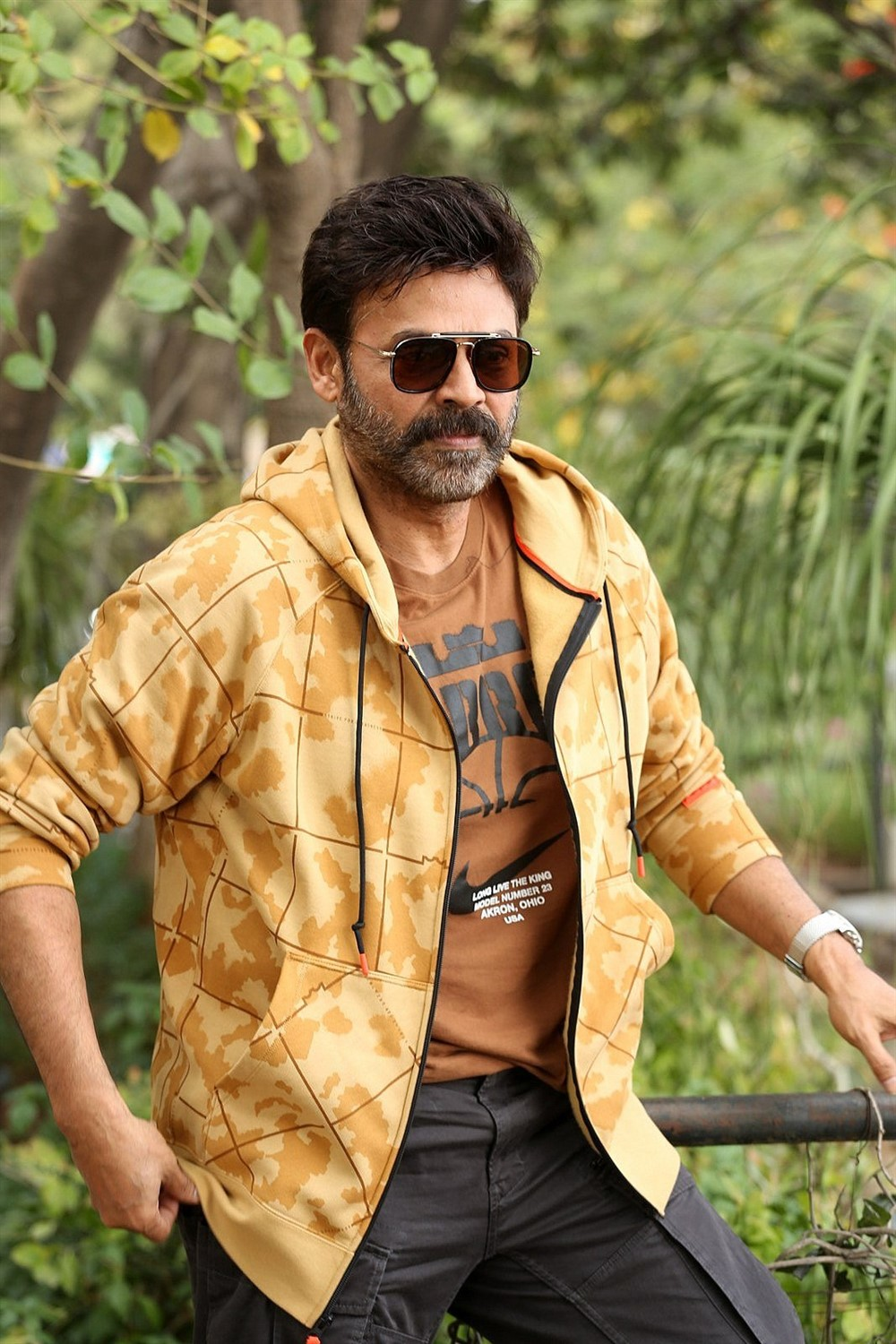 Actor Venkatesh Photos @ Venky Mama Movie Interview