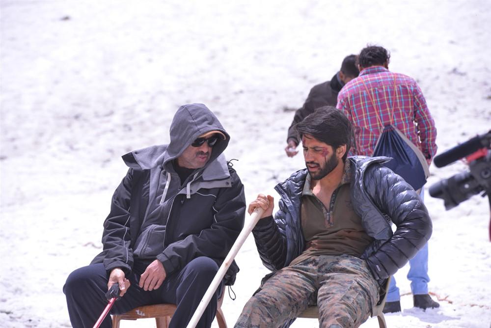 D Suresh Babu, Naga Chaitanya @ Venky Mama Movie Working Stills