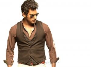 Actor Vishal in Vetadu Ventadu Telugu Movie Stills