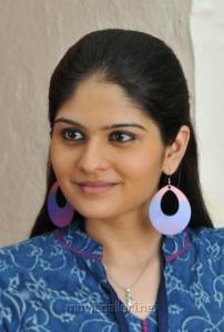 Cute Actress Vibha Natarajan Photos in Nakili Movie