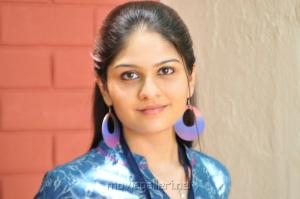 Actress Vibha Natarajan Cute Photos in Nakili Movie