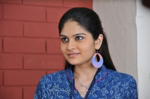 Nakili Actress Vibha Natarajan New Cute Photos