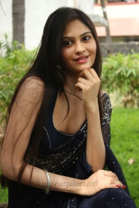 Vibha Natarajan Hot Blue Saree with Sleeveless Blouse Photos