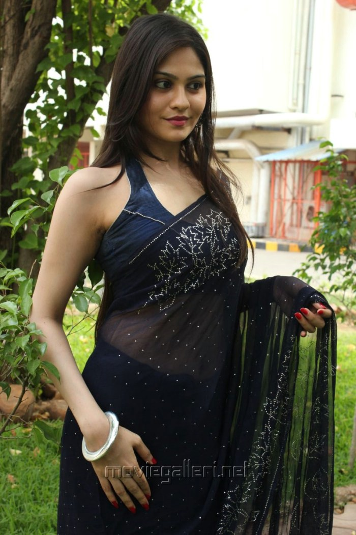 Sleeveless blouse hot images best blouse 2018 hot tamanna in sleeveless blouse and transpa green saree high thecheapjerseys Gallery