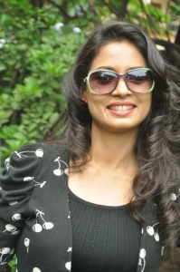 Actress Pooja Umashankar at Vidiyum Mun Movie Audio Launch Stills