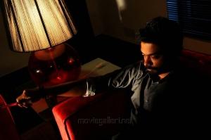 Vinoth Kishan in Vidiyum Mun Movie Stills