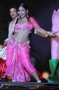 Vidya Balan Hot Spicy Stills