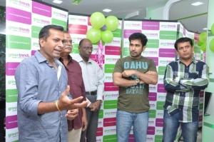 Vijay Antony inaugurates Green Trends Salon at Ayanavaram