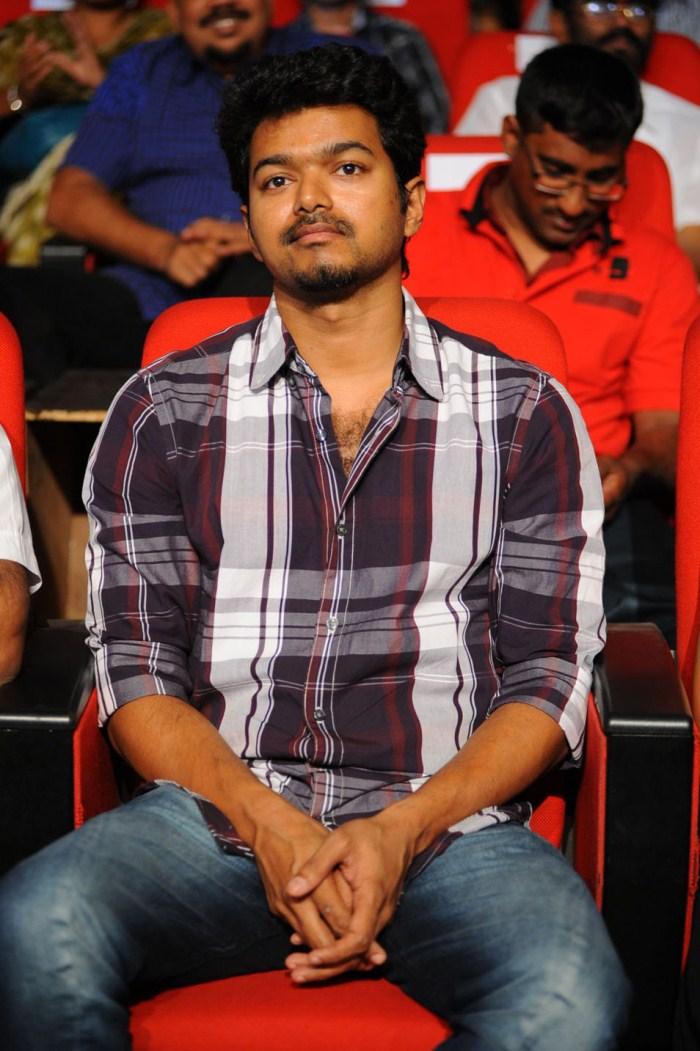 Nanban Actor Vijay Latest