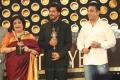 Latha Rajinikanth, Shahrukh Khan, Kamal Hassan @ Vijay Awards 2014 Photos