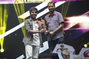 GV Prakash Kumar, Na.Muthukumar at Vijay Awards 2012 Stills
