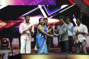 Kovai Sarala at Vijay TV Awards 2012 Stills