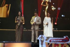 Pooja Kumar, Kamal, Andrea at Vijay TV Awards 2012 Stills
