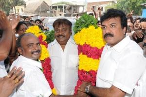 LK Sudeesh Congratulated Vijayakanth Pictures Images