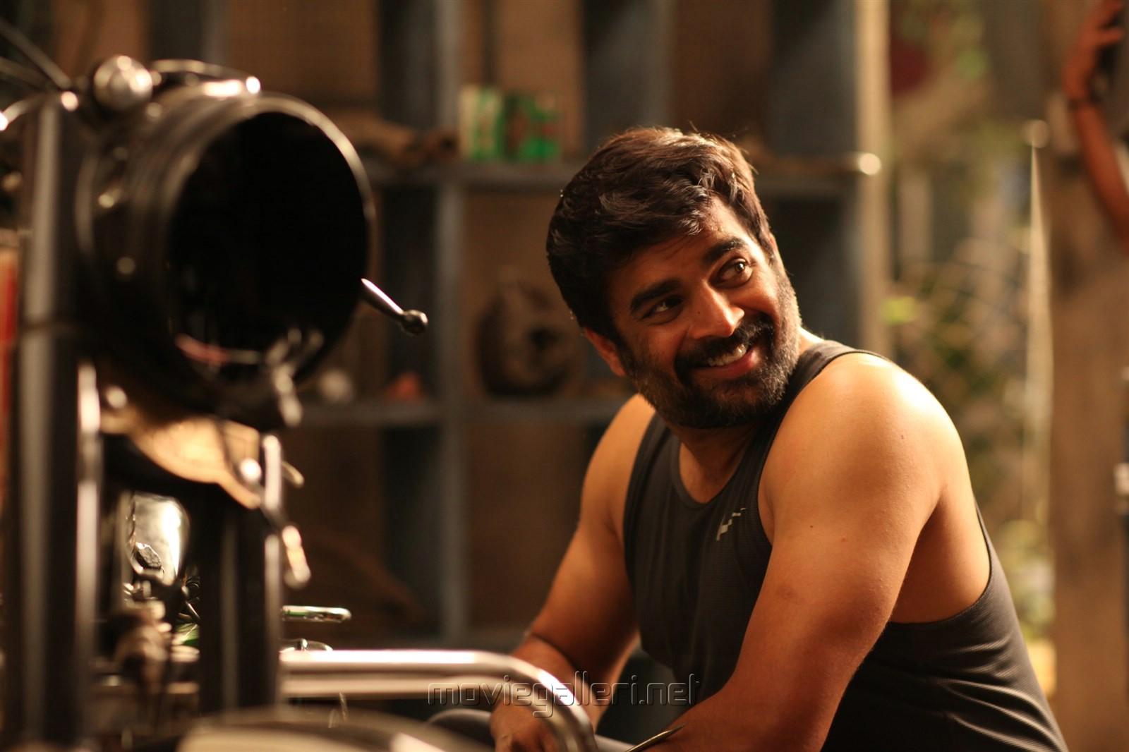 Hero R Madhavan In Vikram Vedha Movie