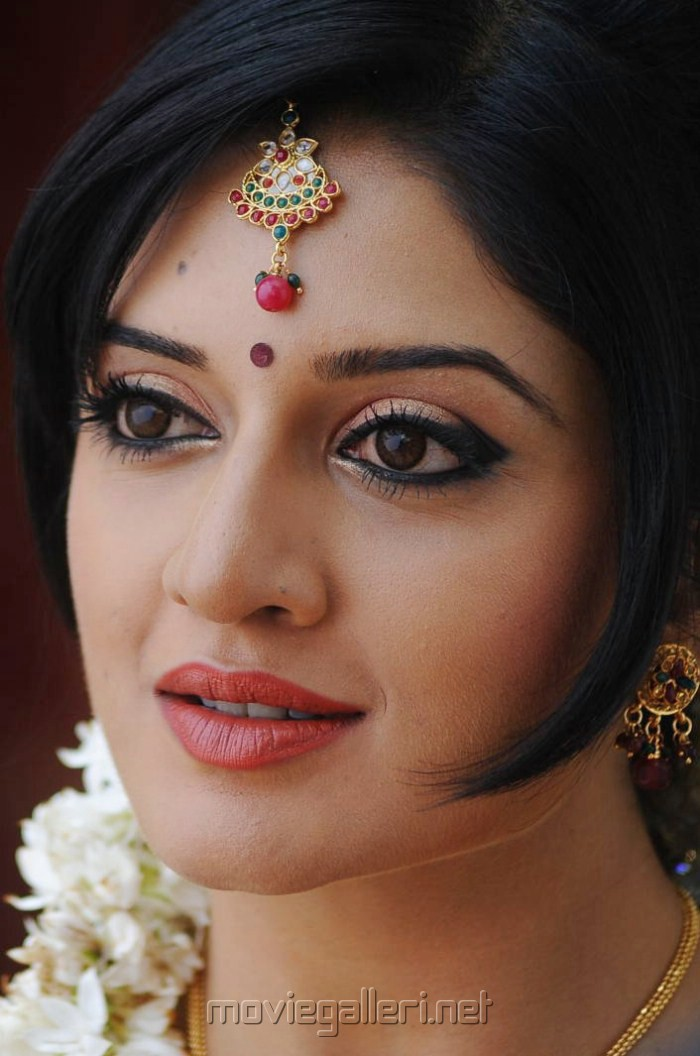vimala raman biographyvimala raman movies, vimala raman biography, vimala raman instagram, vimala raman date of birth, vimala raman marriage, vimala raman marriage photos, vimala raman facebook, vimala raman 2015, vimala raman twitter, vimala raman latest, vimala raman new movie, vimala raman upcoming movies