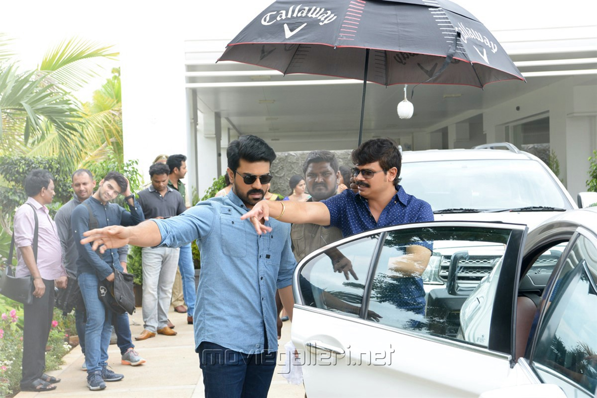Ram Charan, Boyapati Srinu @ Vinaya Vidheya Rama Movie Working Stills