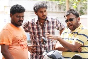 Aadukalam Murugadoss, Sanjay, Thambi Ramaiah in Virumandikum Sivanadikum Movie Photos