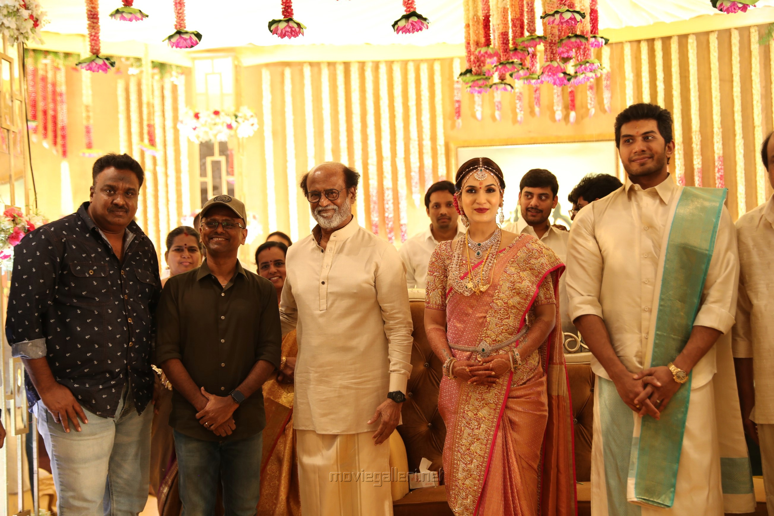 AR Murugadoss @ Vishagan Soundarya Rajinikanth Marriage Photos HD