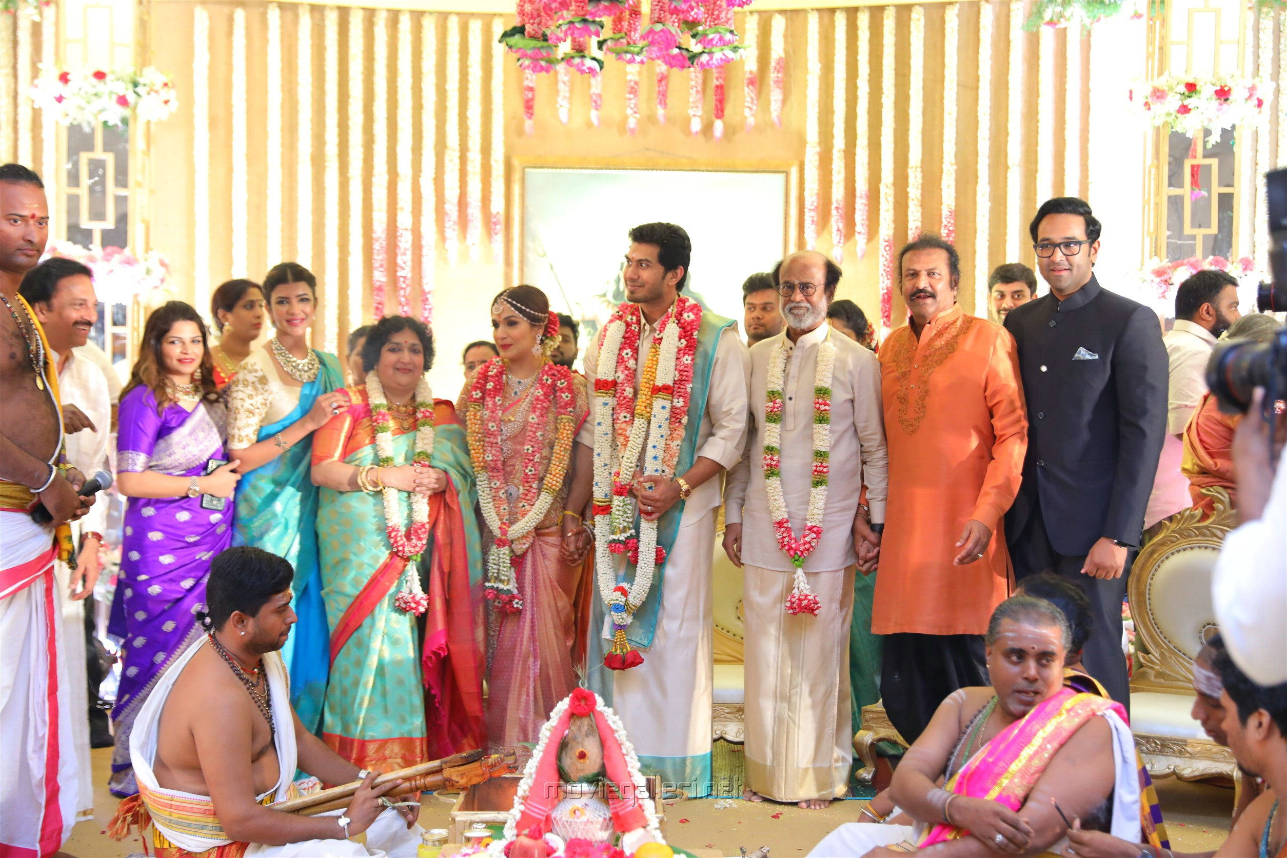 Lakshmi Manchu, Mohan Babu @ Vishagan Soundarya Rajinikanth Marriage Photos HD