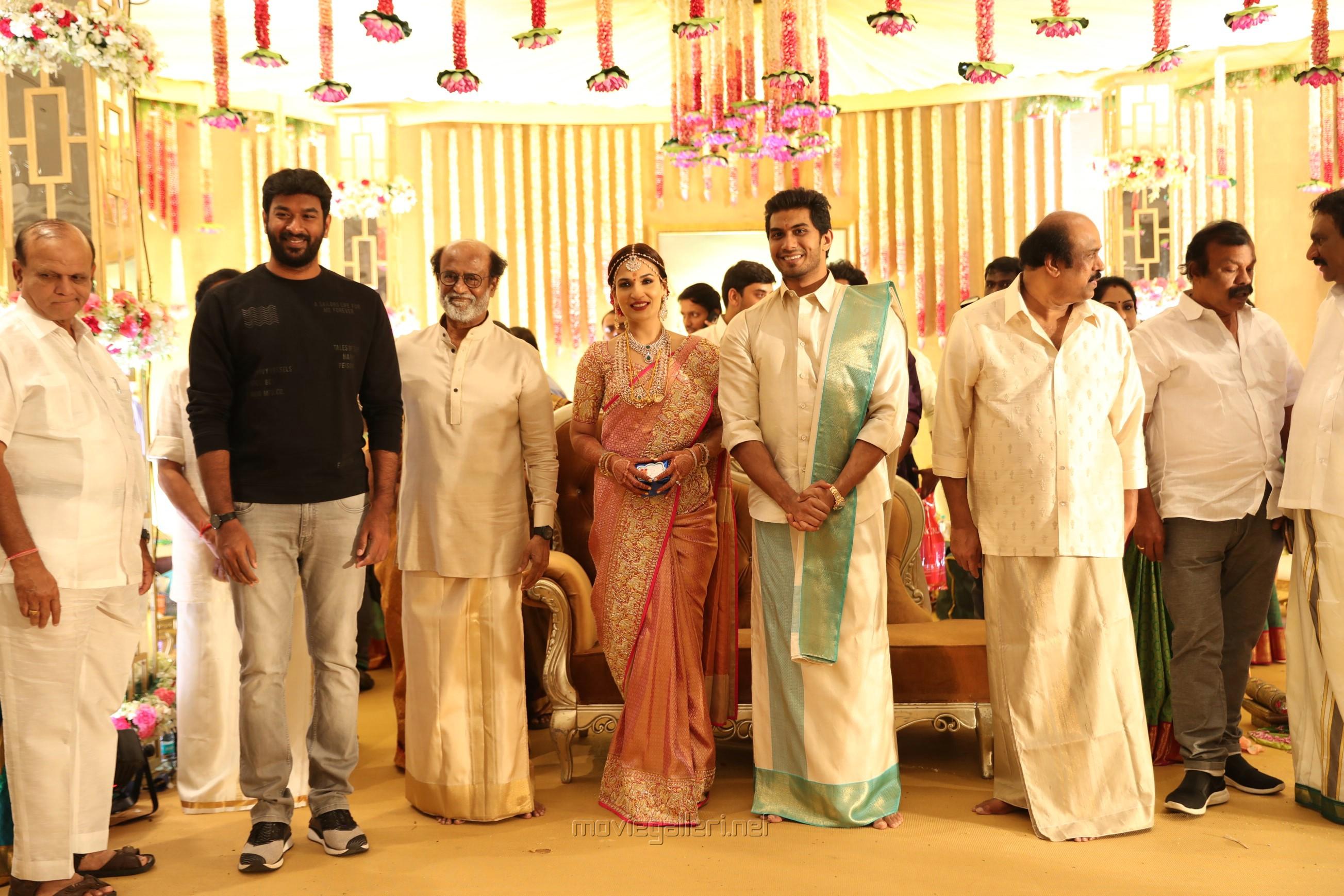 Lyricist Vivek @ Vishagan Soundarya Rajinikanth Marriage Photos HD