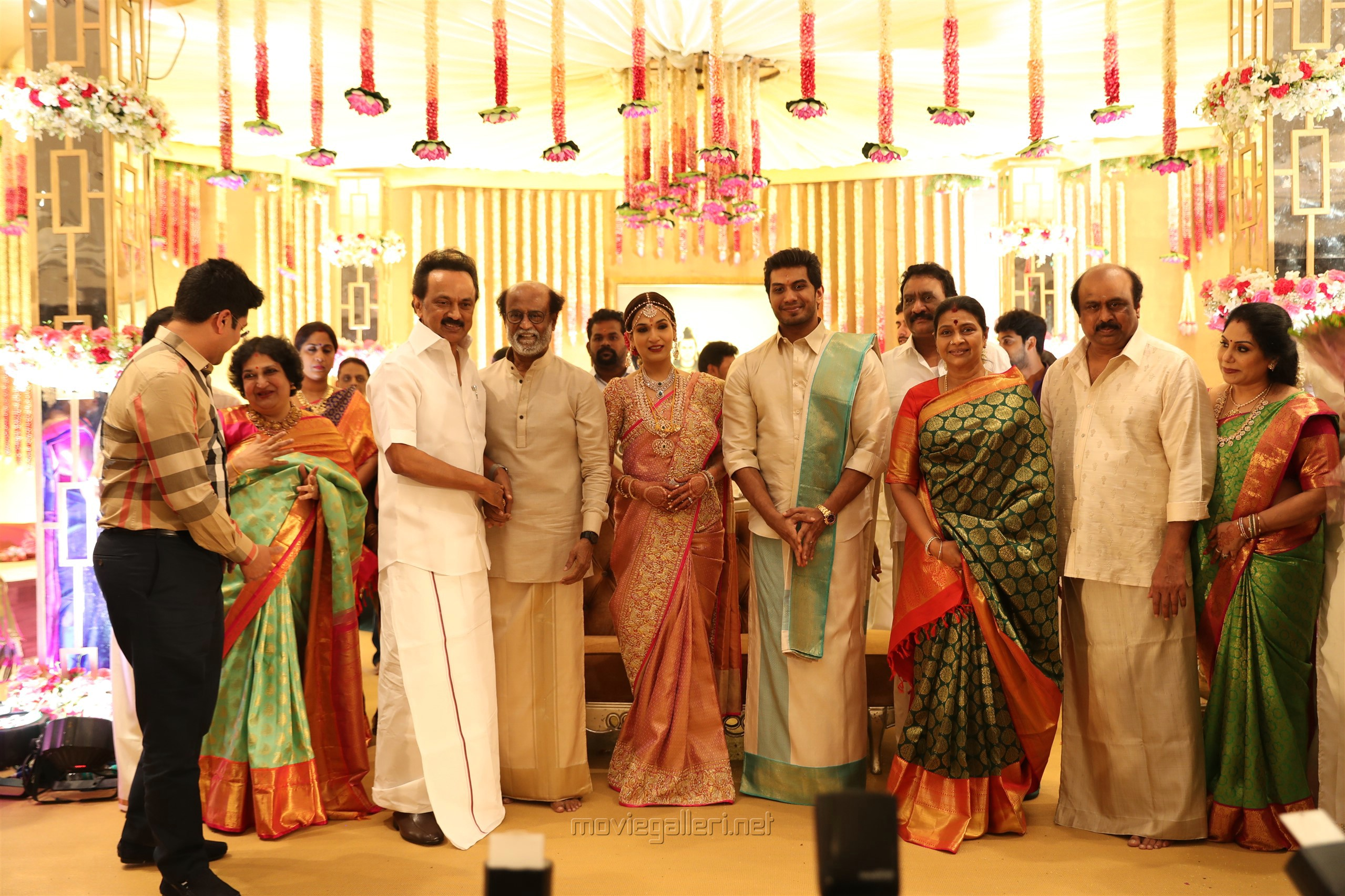 MK Stalin @ Vishagan Soundarya Rajinikanth Marriage Photos HD