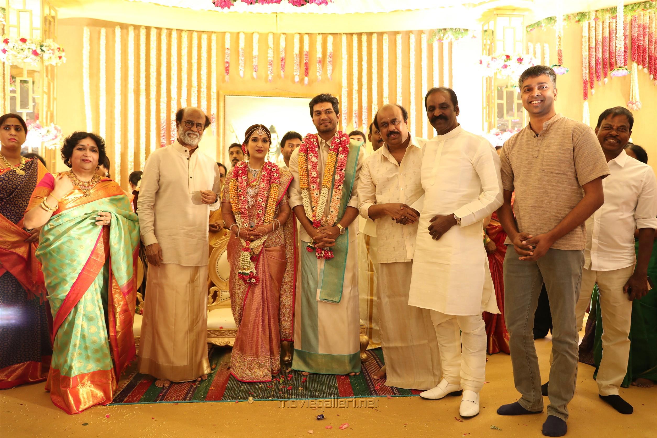 Vairamuthu @ Vishagan Soundarya Rajinikanth Marriage Photos HD