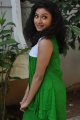 Telugu Actress Vishnu Priya Pictures @ Nenu Naa Friends Opening