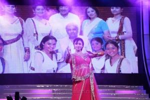 Pooja Kumar Dance at Vishwaroopam Audio Launch Photos