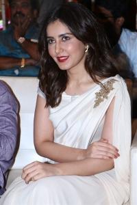 Actress Raashi Khanna @ World Famous Lover Grand Release Event Stills