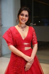 Raashi Khanna @ World Famous Lover Pre Release Event Photos
