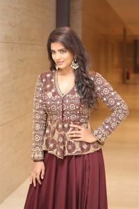 Aishawarya Rajesh @ World Famous Lover Pre Release Event Photos