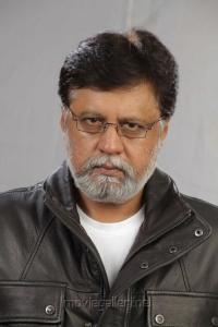 Actor Jayaprakash in Yaarukku Theriyum Movie Stills