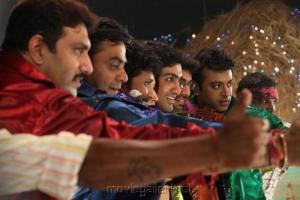 Riyaz Khan in Yaarukku Theriyum Movie Stills