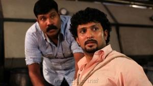 Kalabhavan Mani in Yaarukku Theriyum Movie Stills